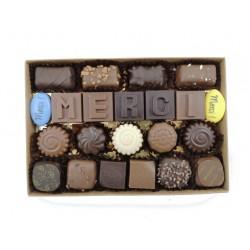 Boite Merci et chocolats assortis